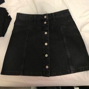 Black denim skirt size 6